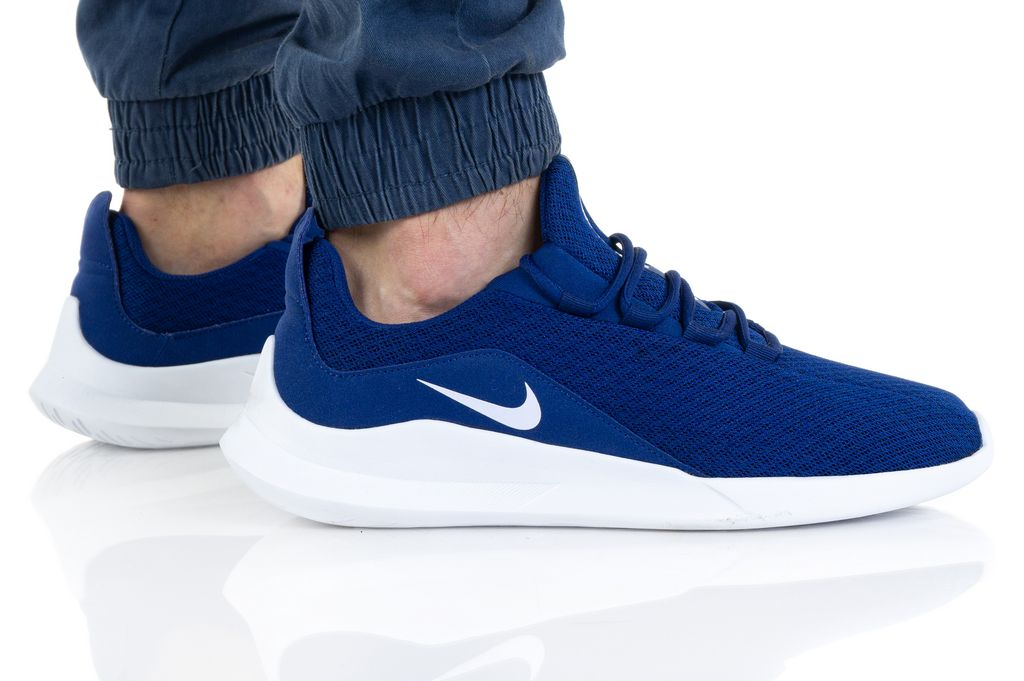 Nike VIALE AA2181-403