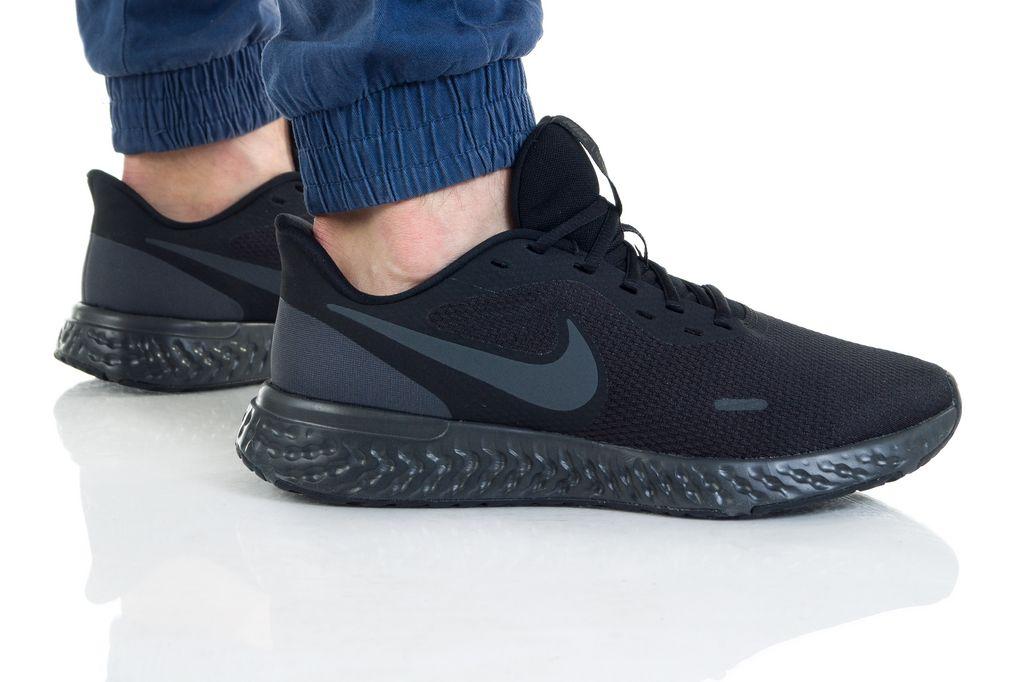 Nike REVOLUTION  5 (4E) BQ6714-004