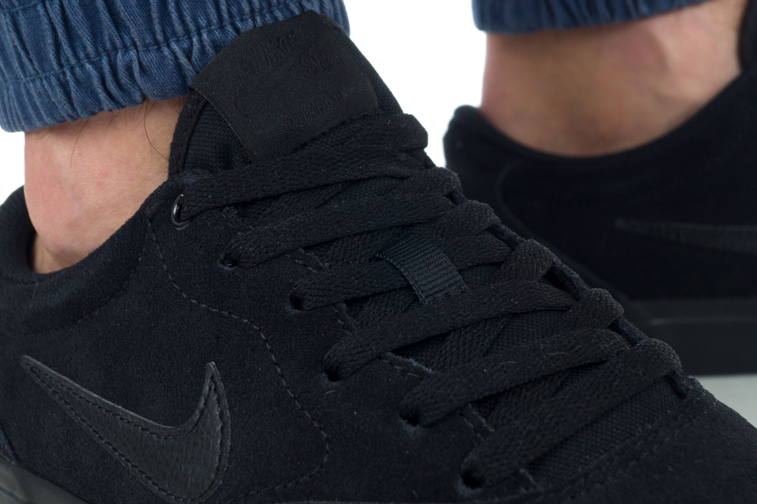 SB CHARGE SUEDE CT3463-003