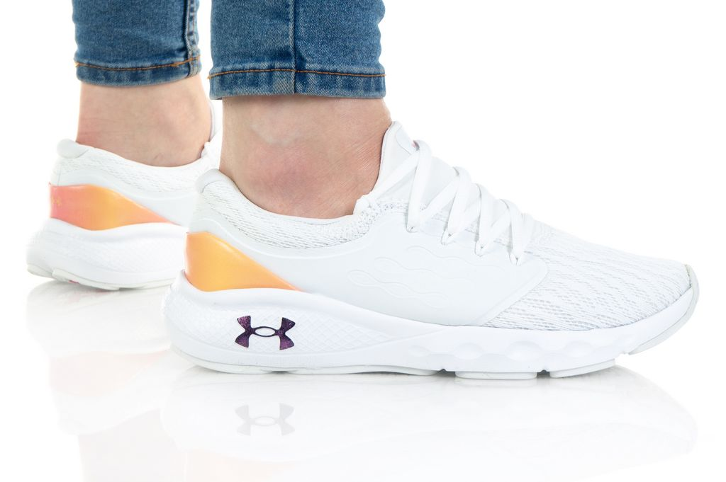 Under Armour UA W Charged Vantage ClrShft 3024490-100